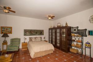 Studio Yerbabuena by Villa Santo Niño, Apartmanok  Loreto - big - 29