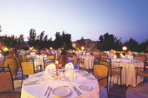 Selini Suites, Hotely  Kolimvárion - big - 47