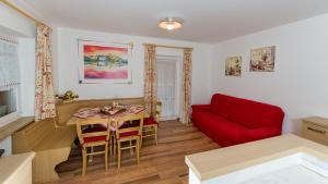 Majon Vajolet - Apartments Luisa, Apartmanok  Vigo di Fassa - big - 23