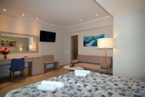 Belvedere Hotel - Strongylí