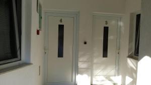 Rooms Lutra, Penzióny  Bilje - big - 40