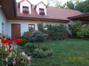 Albergues - Homestay Výrovice