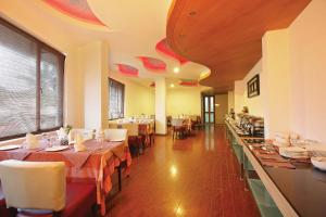 Hotel Park Residency, Kakkanad, Hotel  Kakkanad - big - 14