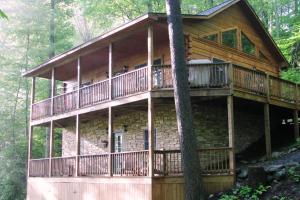 Arbor Den Log Cabin