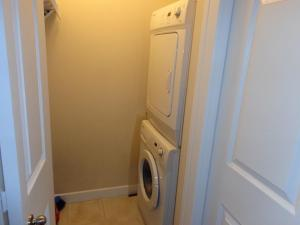 Regal Suites, Apartments  Calgary - big - 13