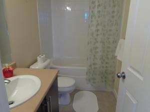 Regal Suites, Apartments  Calgary - big - 11
