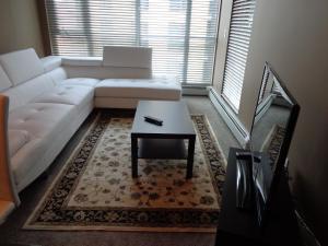 Regal Suites, Apartments  Calgary - big - 5