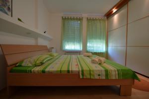 Apartment Lipov Gaj, Apartmány  Novi Sad - big - 6