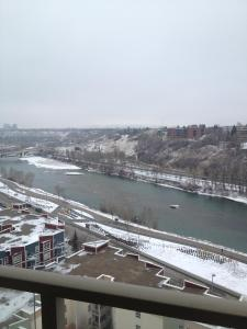 Regal Suites, Apartments  Calgary - big - 37
