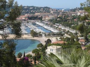Hôtel Comté de Nice, Hotely  Beaulieu-sur-Mer - big - 70