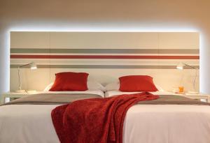 Legazpi Doce Rooms & Suites (20 of 35)
