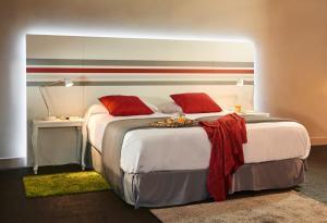 Legazpi Doce Rooms & Suites (19 of 35)