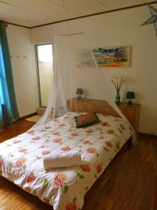 Deluxe Double Room with Shower De La Tierra EcoHouse Farm