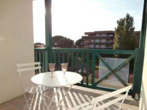Rental Apartment Le club - Anglet, Apartmány  Anglet - big - 10