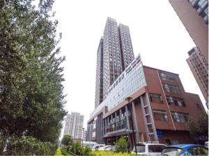 GreenTree Inn QinHuang Island Railway Station Business Hotel, Hotels - Qinhuangdao