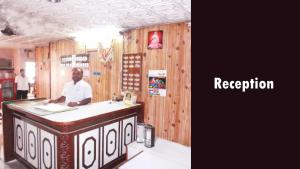 Hotel Santhosh Residency, Lodge  Hyderabad - big - 17