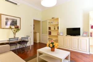 Via Giulia Charming Apartment - Feels like Home