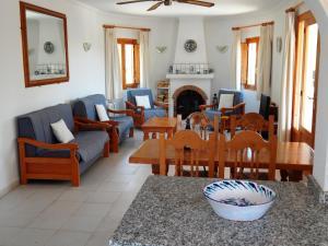 Villa Amistad, Villen  Orba - big - 10