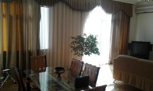 Neftiannikov Avenue Apartment, Апартаменты  Баку - big - 5
