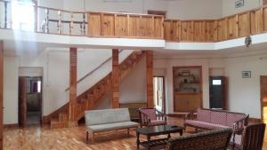 The Tara Villa, Bed and Breakfasts  Shamshi - big - 36