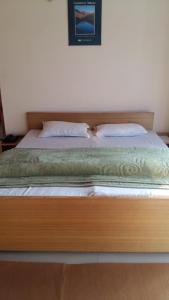 The Tara Villa, Bed and Breakfasts  Shamshi - big - 38