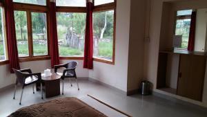The Tara Villa, Bed and Breakfasts  Shamshi - big - 37