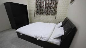 Afaq Al Elm Aparthotel, Апарт-отели  Унайза - big - 22