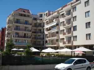 Summer Breeze Apartments - Sunny Beach