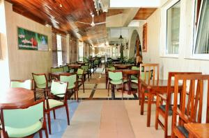 SwissGha Hotels Christian Retreat & Hospitality Centre, Hotely  Tema - big - 38