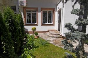 Green and Blue Garden Apartments, Apartmanok  Belgrád - big - 10