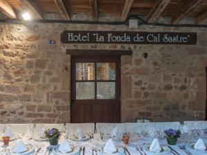 Hotel Cal Sastre, Hotels  Santa Pau - big - 16
