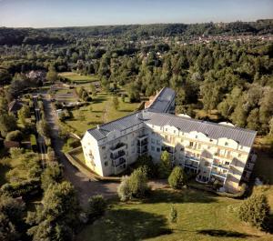 Location gîte, chambres d'hotes Residence Hotel Les Ducs De Chevreuse dans le département Yvelines 78