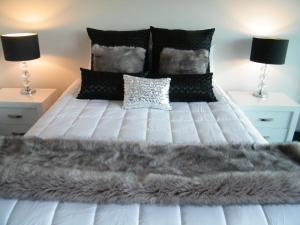 Luxury Seaview Waterfront Apartments, Apartmány  Picton - big - 72