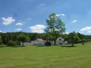Brusna Farmhouse, Case di campagna  Lhenice - big - 20