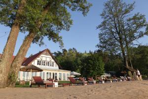 Jabłoń Lake Resort