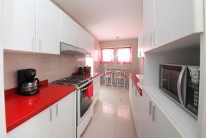 Luxury Condo Close To Larcomar, Appartamenti  Lima - big - 70