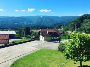 Tourist Farm Pri Ratu