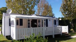 Location gîte, chambres d'hotes Mobil Home - Domaine du Galant dans le département Charente maritime 17