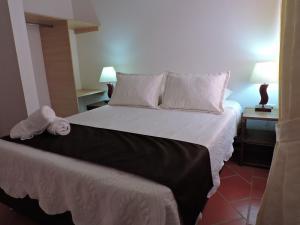 Apartahotel La Gran Familia, Апарт-отели  Вилья-де-Лейва - big - 2