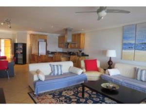 Glyndale Sands 302, Apartmány  Uvongo Beach - big - 9