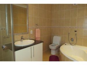 Glyndale Sands 302, Apartmány  Uvongo Beach - big - 4