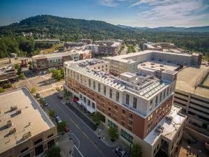 Hilton Asheville Biltmore Park, Hotels  Asheville - big - 16