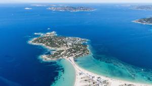 Isola dei Gabbiani Land of water