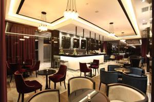 Senator Hotel, Отели  Тирана - big - 33