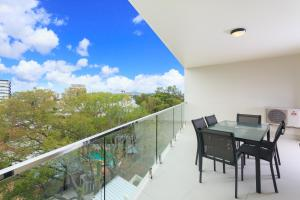 The Point of the Kangaroo - Executive 2BR Kangaroo Point Apartment with Spacious Open Plan Living