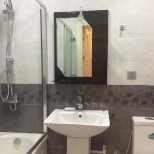 Azneft Square Apartment, Ferienwohnungen  Baku - big - 14