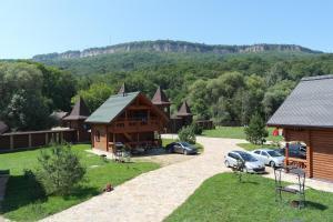 Туристический комплекс Белая река, Новопрохладное