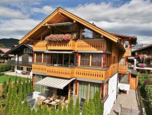 Landhaus Alpenflair Whg 310, Apartmány  Oberstdorf - big - 1