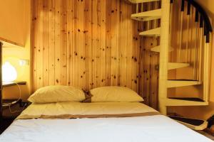 Gombruti Suite Home 1 - abcAlberghi.com