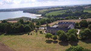 Location gîte, chambres d'hotes Manoir De Rigourdaine dans le département Côtes d'Armor 22